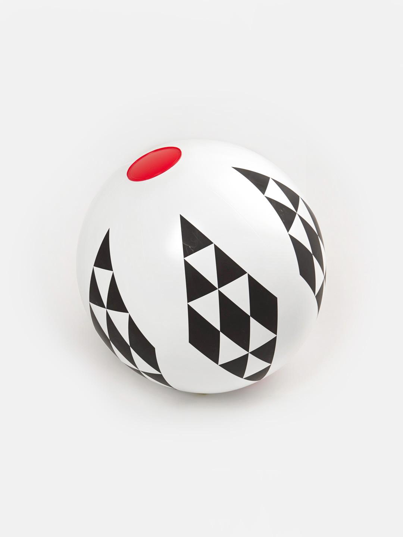 Beach Ball - Black Triangles
