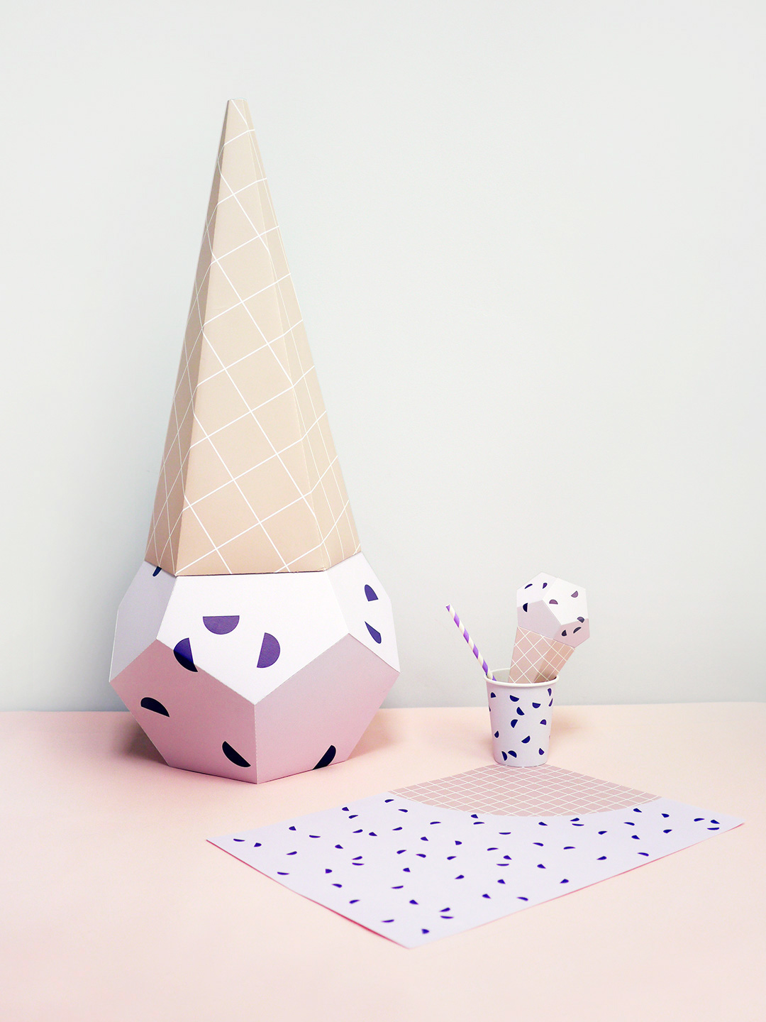 Giant Ice Cream Paper Sculpture Kit - Blueberry