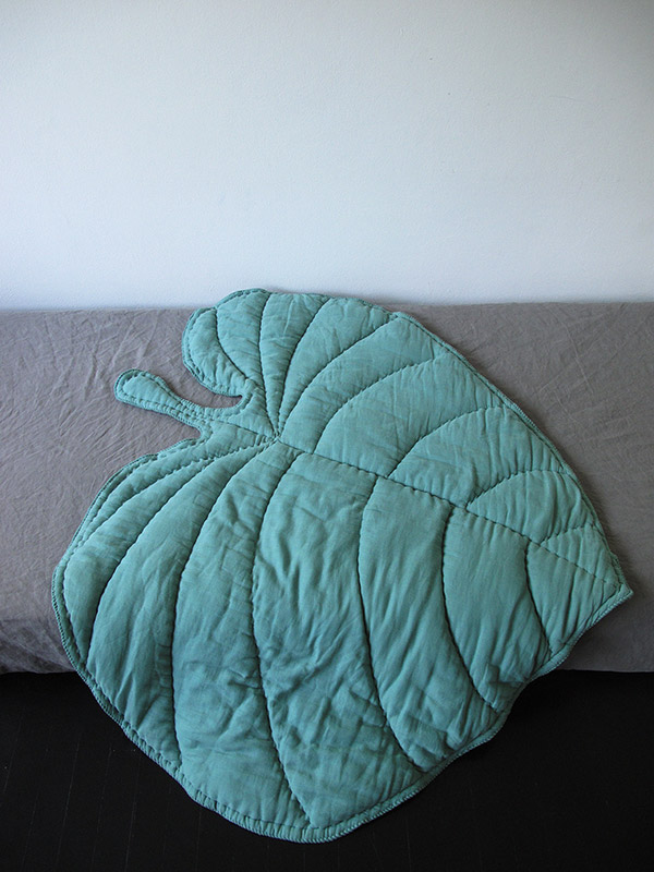 Leaf Blanket - Mint