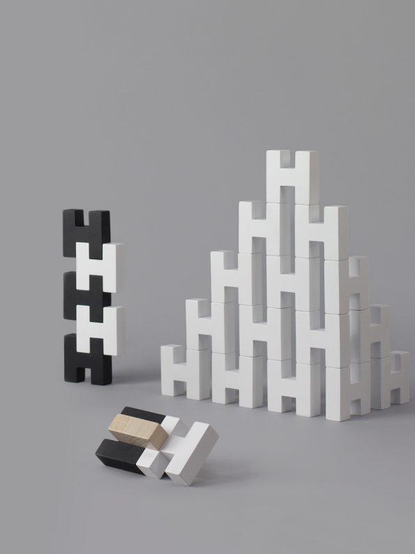 H Block – White