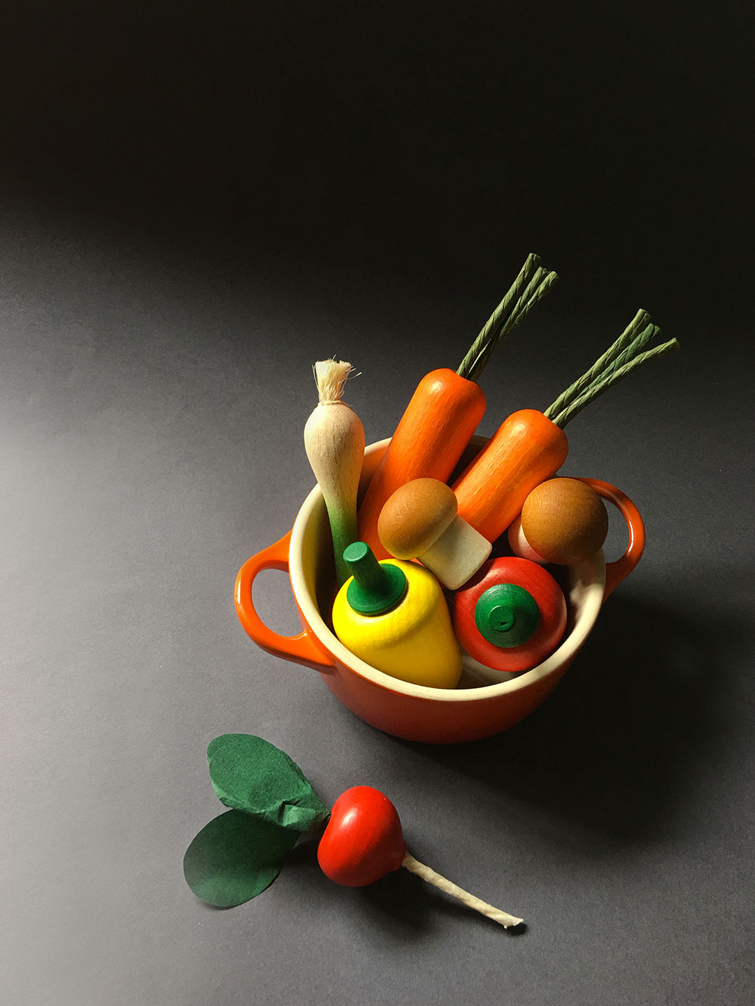 Erzi Wooden Play food for pretend play, play grocery, play kitchen, wooden fruit, wooden vegetables, made in Germany