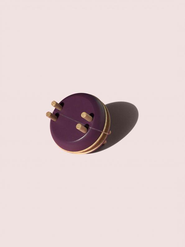 Macaron Pom Maker – Blackberry