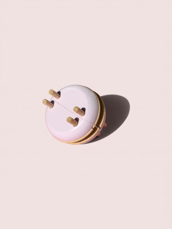 Macaron Pom Maker – Lavender