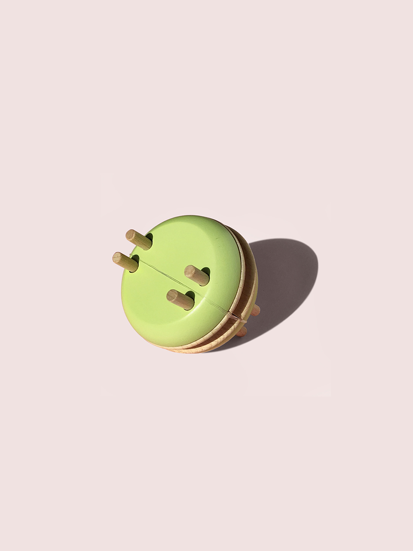 Macaron Pom Maker -  Pistachio
