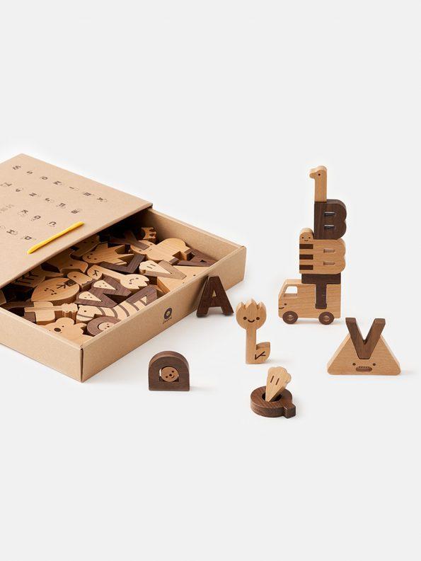 Oioiooi Alphabet Block Set