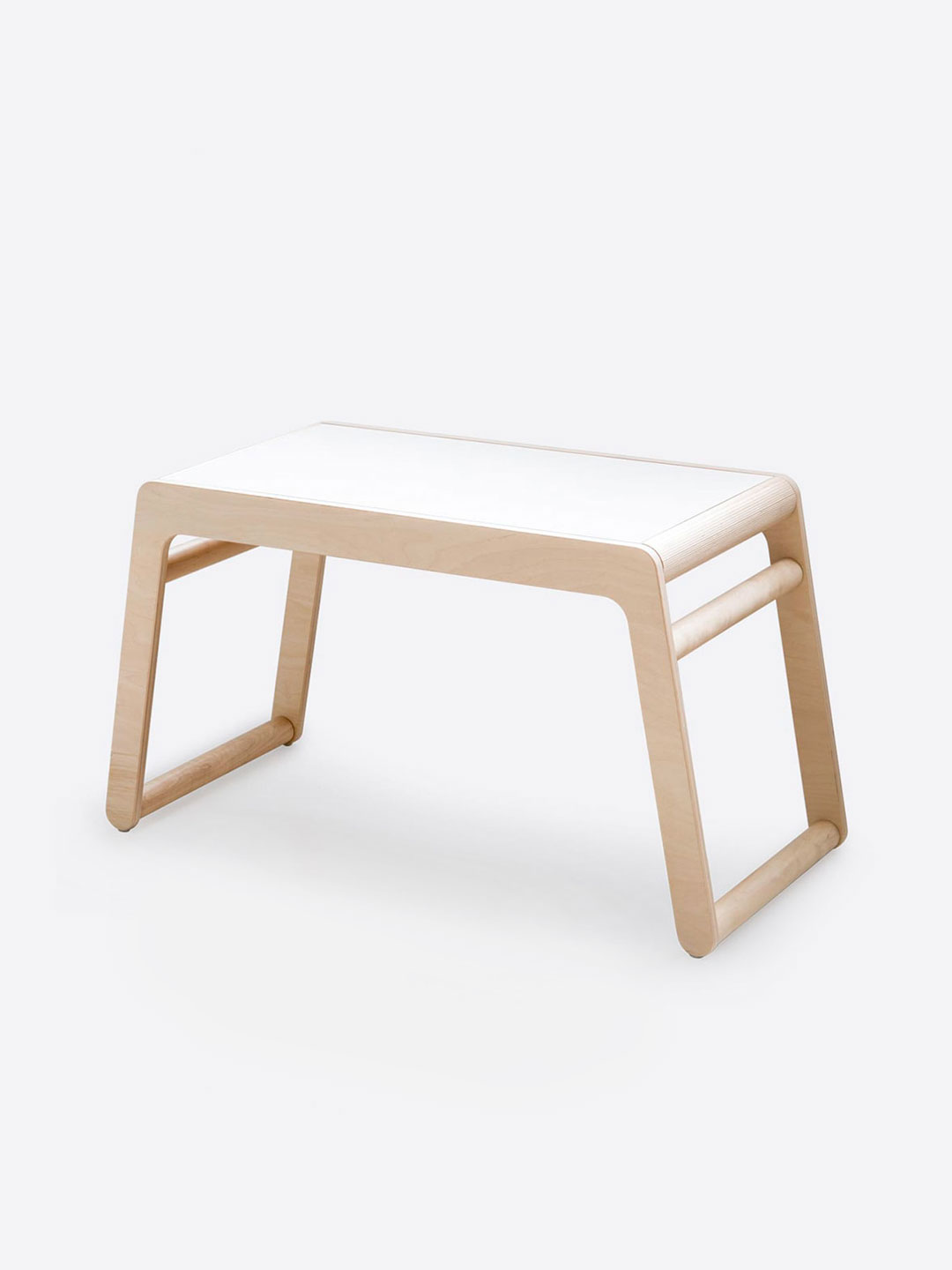 B Table with drawers
